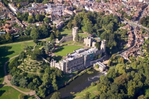 Ethelfreda's Mound near Warwick Castle; Kortirion & Lothlorien in the making?